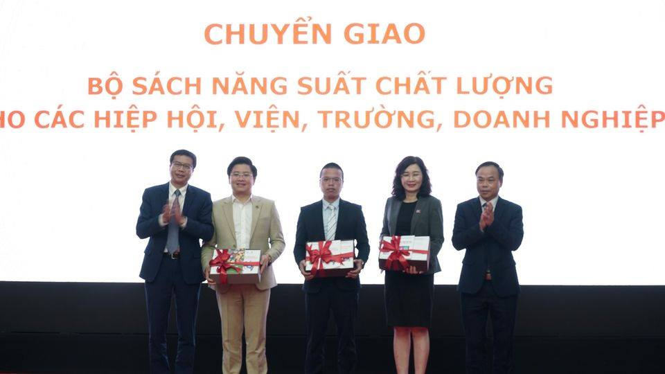 "Conference ""Improving productivity and quality of products and goods of Vietnamese enterprises until 2020"""